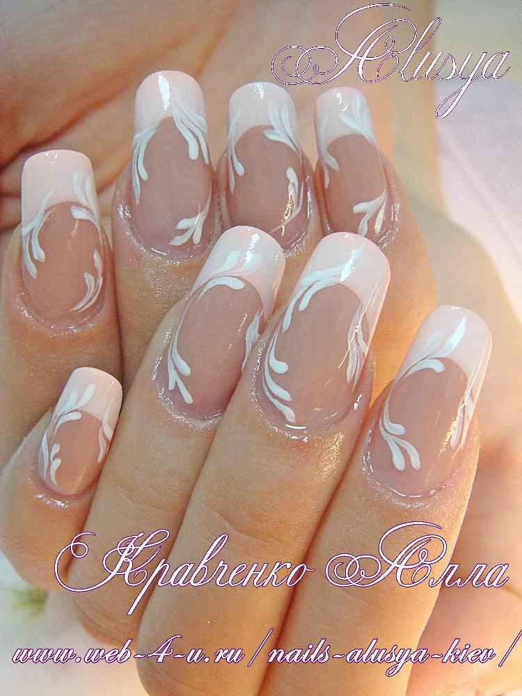 Ногти белый френч на ногтях